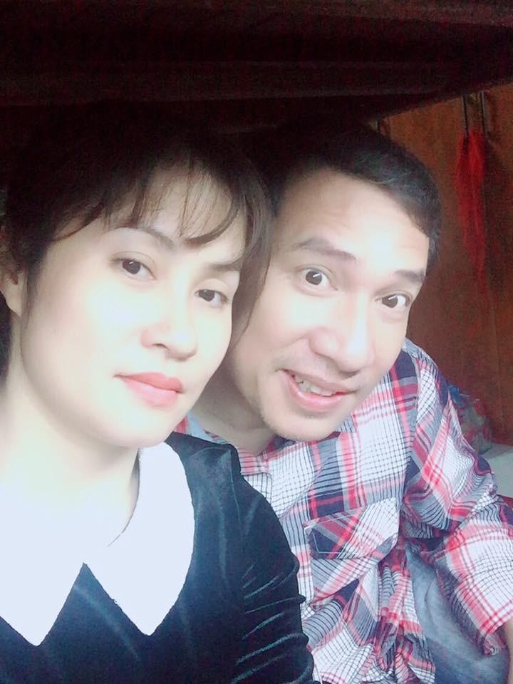 Nhan sắc xinh đẹp của vợ và ba con của Quang Thắng