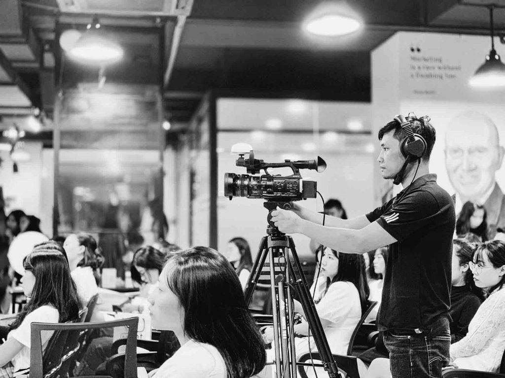 Sản xuất video là gì? Những thông tin về dịch vụ làm phim